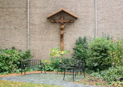 Outdoor-crucifix
